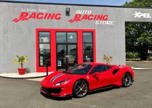 Ferrari 488 Pista Rouge avec bandes Le Mans Auto Racing