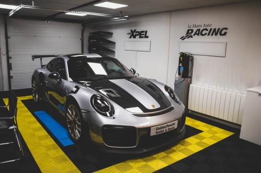 Porsche 991.2 GT2 RS 700 ch Grise le mans auto racing